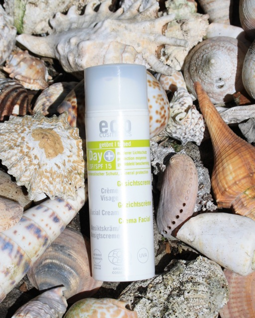 Eco Cosmetics SPF 15 Day Cream Review