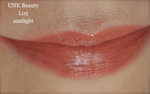 Swatch UNE lip toned colour L05