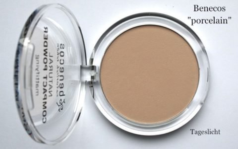 Benecos Natural Compact Powder Puder in porcelain