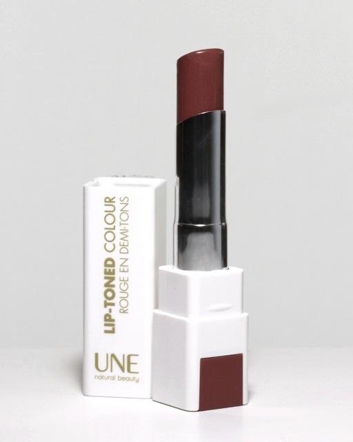Review UNE Lip Toned Colour Lipstick L09