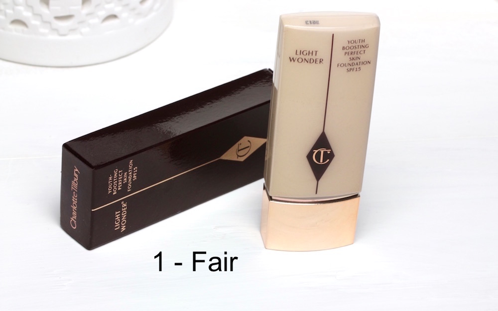 Heli-Charlotte-Tilbury-Light-Wonder-Foundation-Youth-Boosting-Perfect-Skin-light