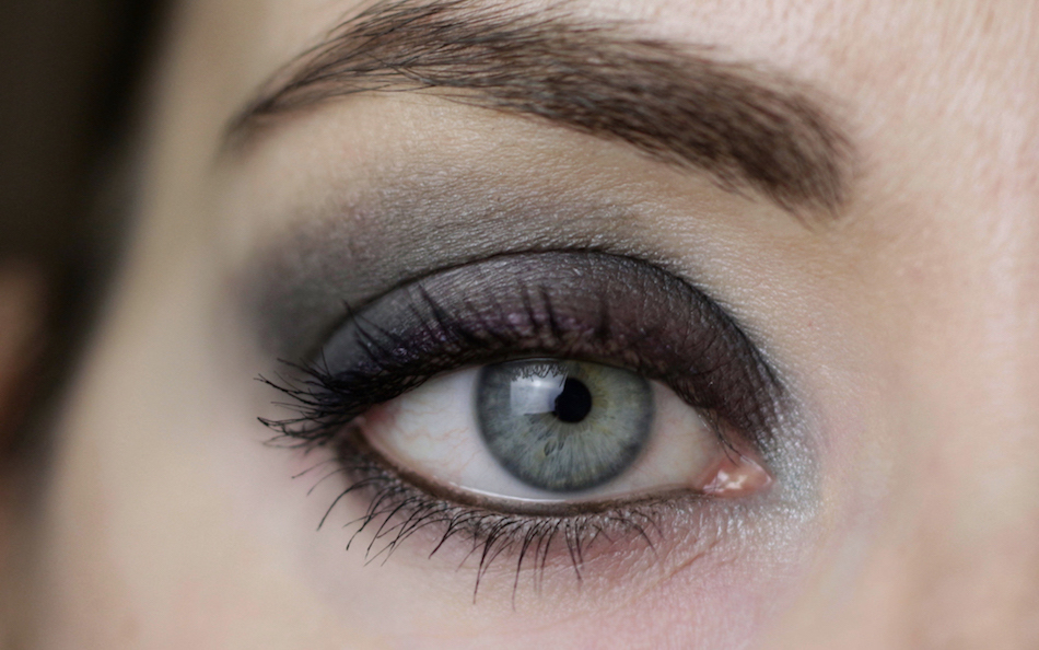 Eye Makeup with Kjaer Weis Divine