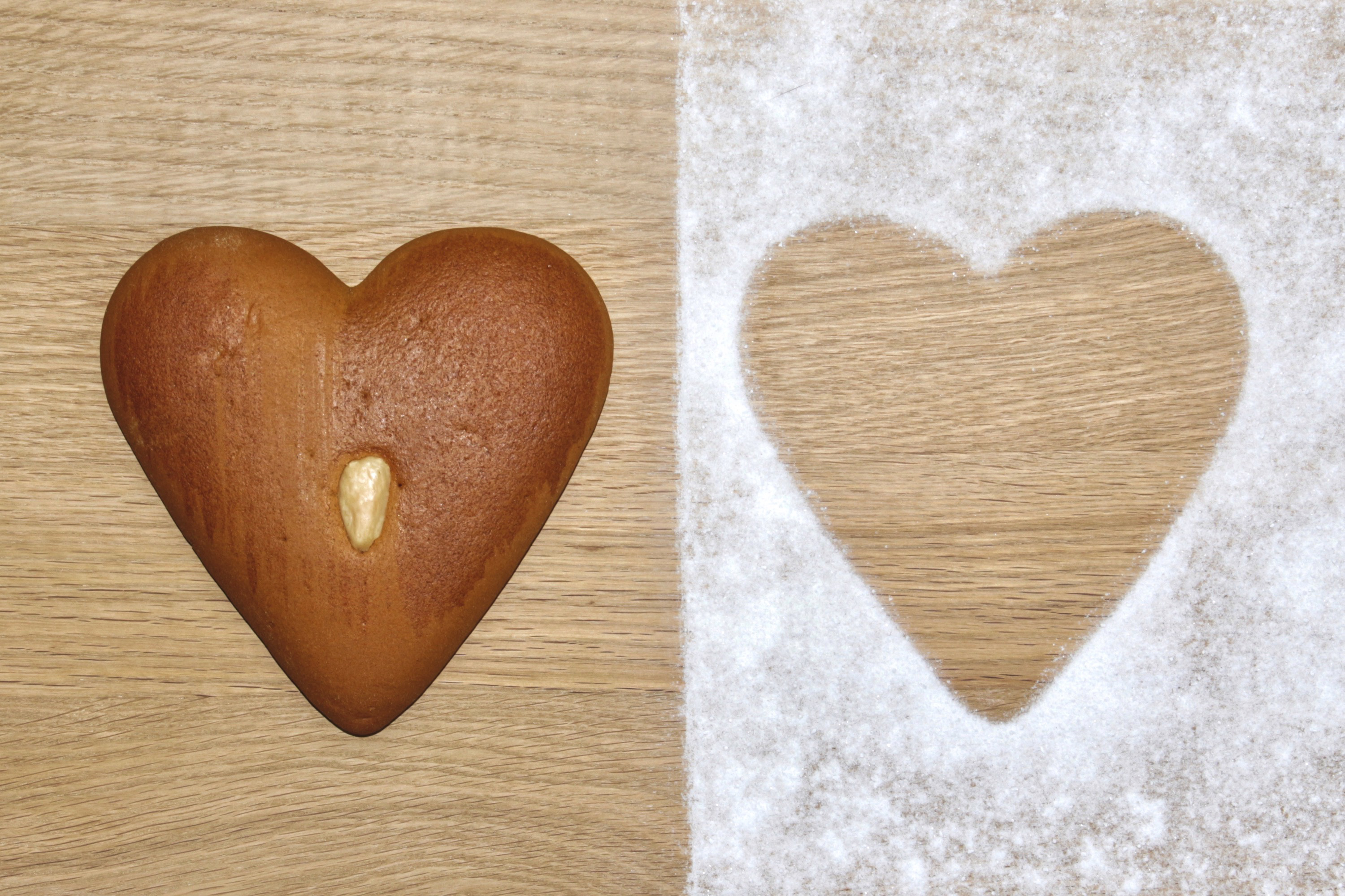 gingerbread heart positive negative icing sugar