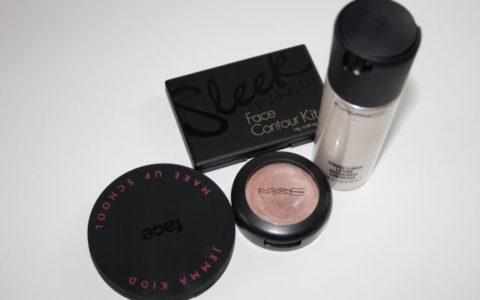 Jemma Kidd Dewy Glow MAC Cream Colour Base Sleek Face Contour Kit MAC Strobe Liquid Lotion