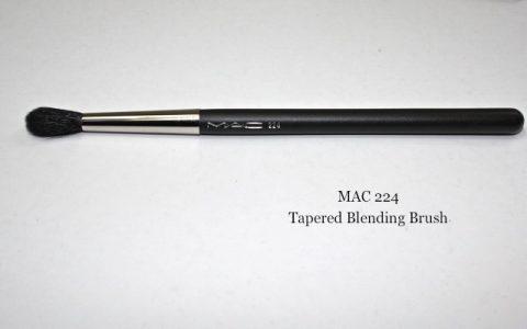 Review: MAC 224 Tapered Blending Brush