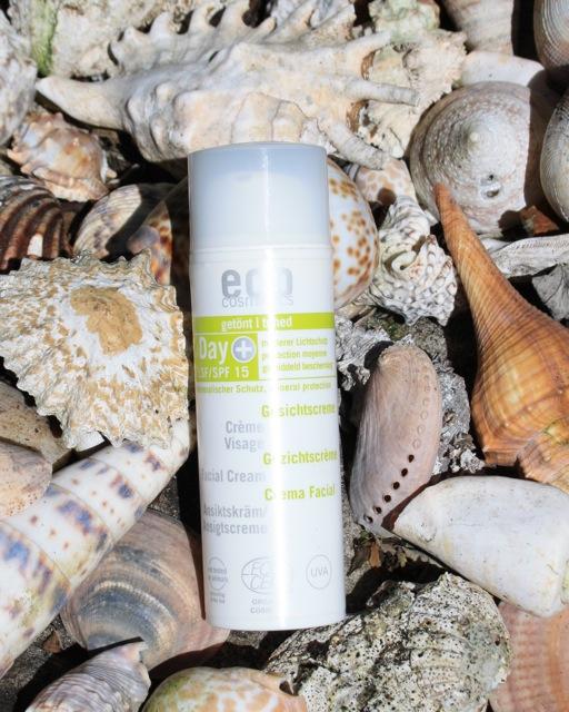 Eco Cosmetics SPF 15 Day Cream Review