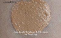 "Getestet: Estee Lauder Resilience Lift Extreme Foundation ""09 fair"""