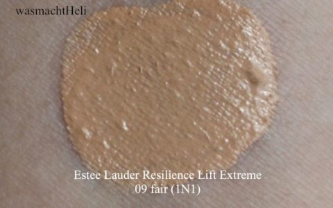 Foto Swatch Estee Lauder Resilience Lift Extreme 09 fair 1n1