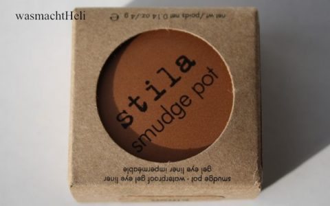 Foto zur Review Stila Smudge Pot kitten
