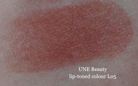 Swatch UNE lip toned colour L05 daylight