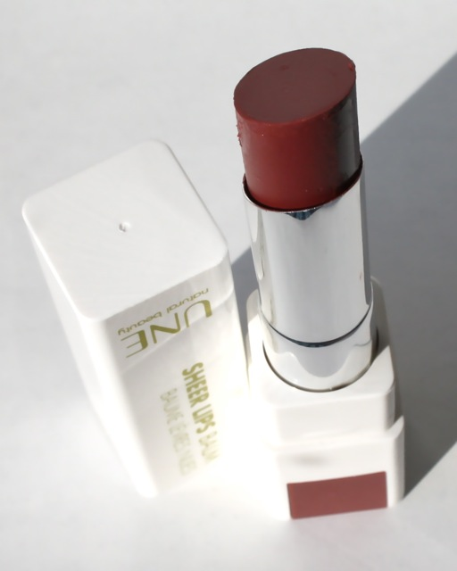 UNE Beauty Sheer Lips Balm S08 - Review + Swatch