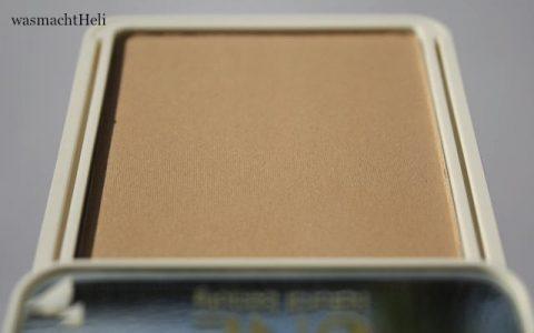 UNE Natural Beauty Soft Minerals Powder Foundation M03