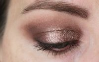 "Review: bareMinerals Eyeshadow ""The Epiphany"""