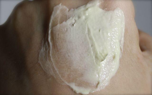 Swatch Frantsila Herbal Peeling Cream