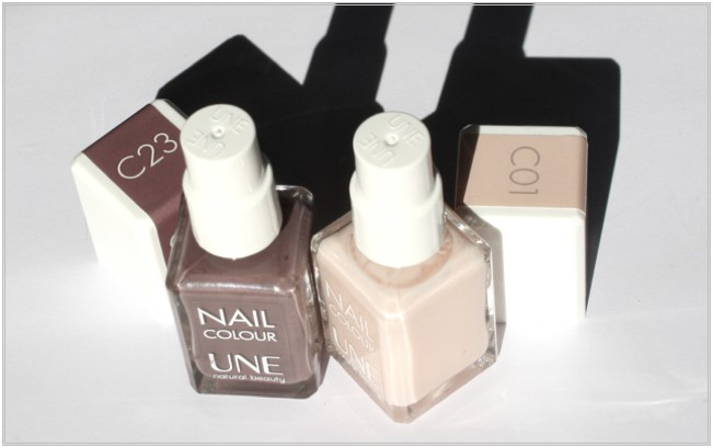 UNE Nail Colour C01, C23 - caps