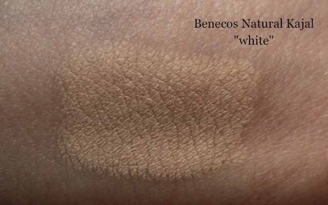 Benecos Natural Kajal white Swatch