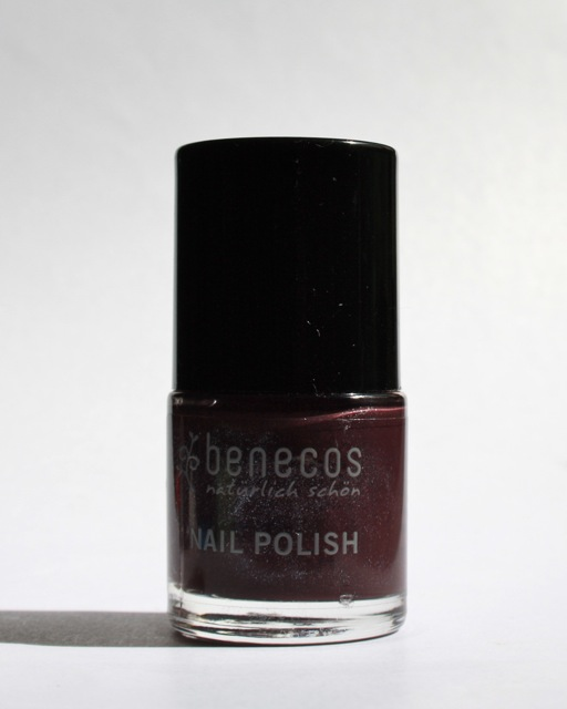 Benecos Deep Plum Nagellack - Review + Swatch