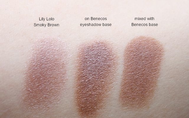 Benecos Eyeshadow Base with Lily Lolo Smokey Brown