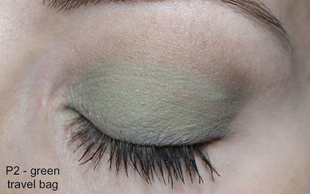 """P2 Ultra Matte Eyeshadow + Primer """"010 green travel bag"""""""