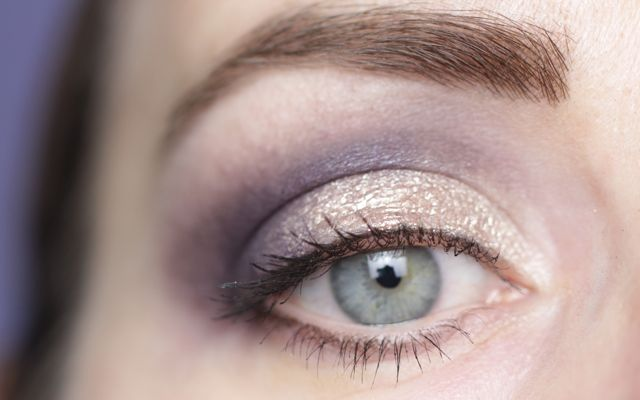 "Eye Make-up with Laura Mercier ""sugar frost"" Caviar Eye Stick"
