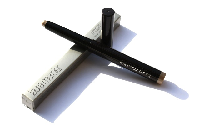 "Swatch + AMU: Laura Mercier Caviar Stick Eye Colour ""Sugar Frost"""