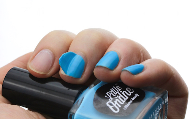Little Ondine Nail Colour Swoosh - easy removal