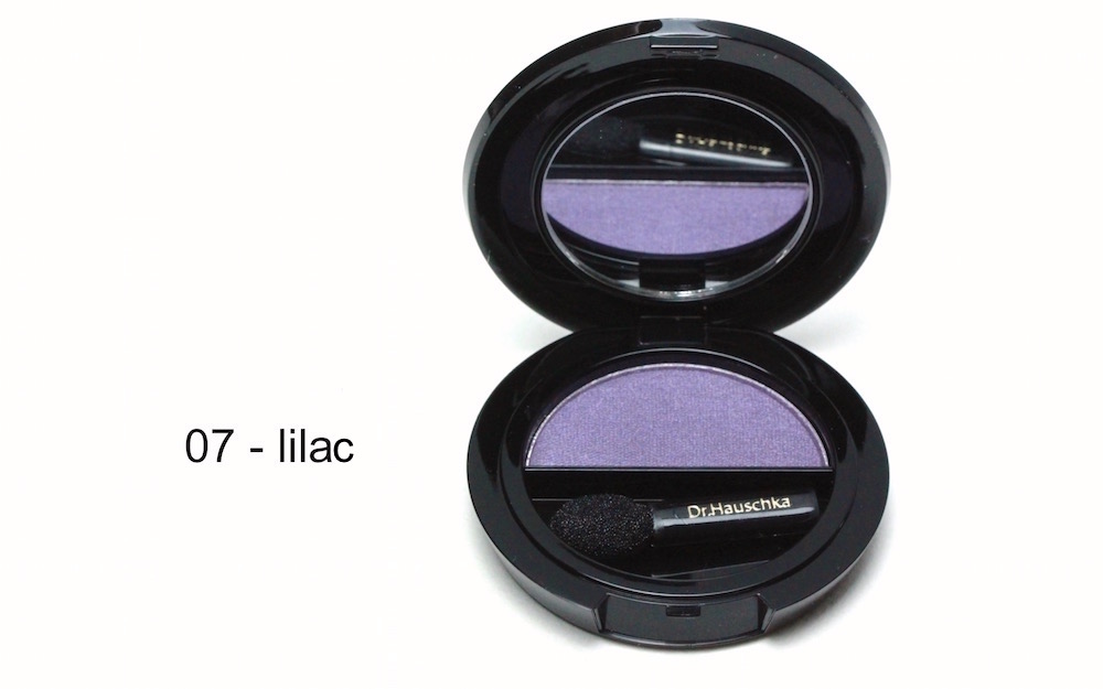 Hauschka solo eye shadow 07 lilac - look and review