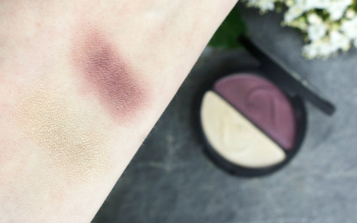 "Swatch: INIKA Pressed Mineral Eye Shadow Duo ""Plum & Pearl"""