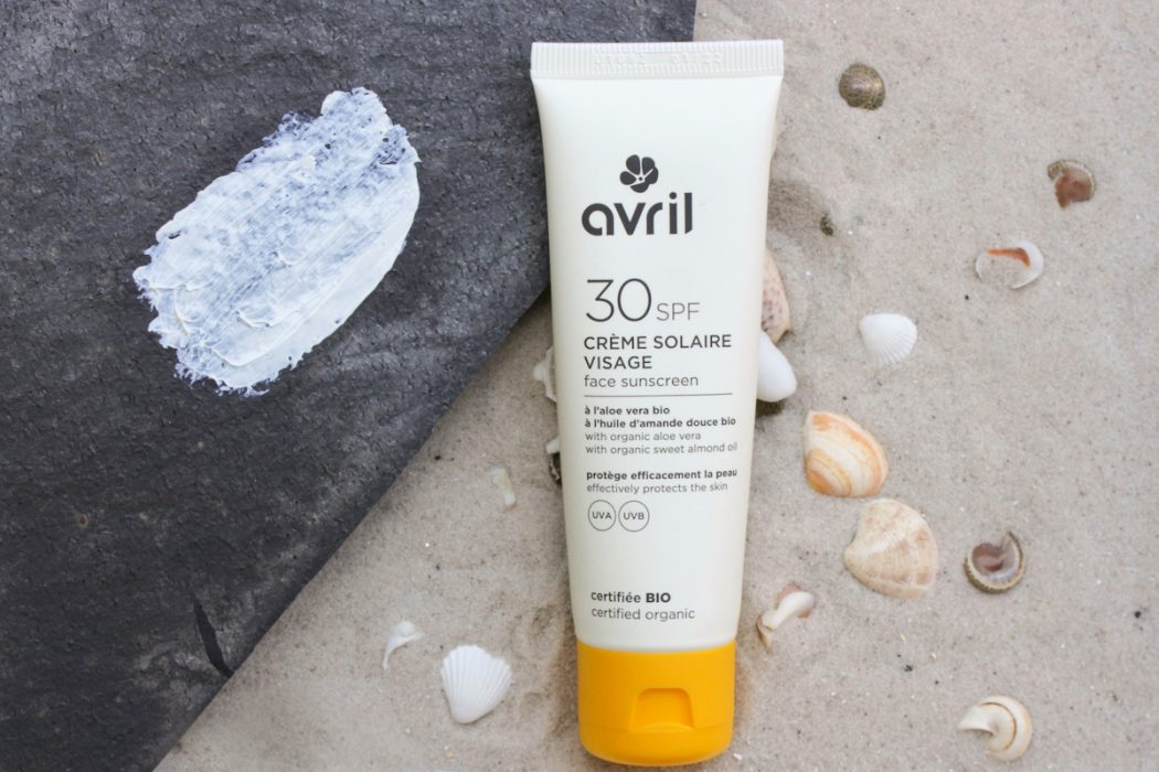 Swatch: Avril Crème Solaire Visage face sunscreen SPF 30